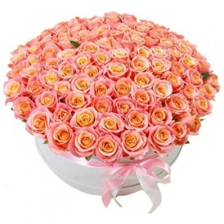 "Розы в коробке ""Сирена"""