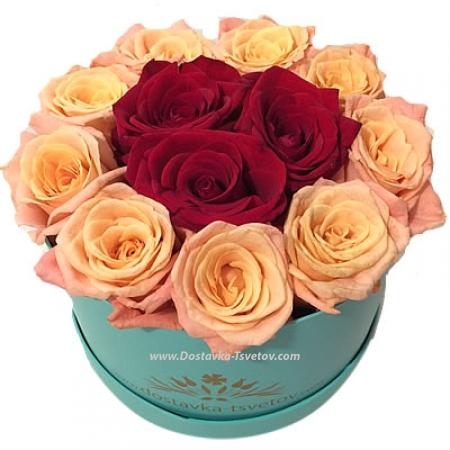 """Красные и розовые розы """"Триумф"""""""