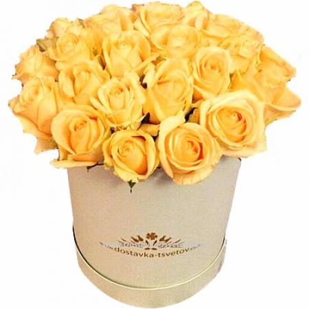 """Коробка кремовых роз """"Амулет"""""""