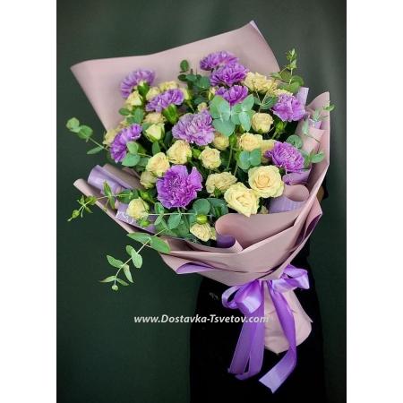 Букет из гвоздик и роз «Сливовый Сад»