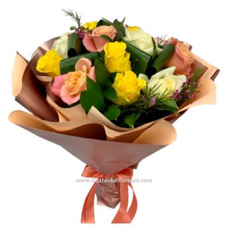 """Разноцветные розы """"Выпускной"""""""