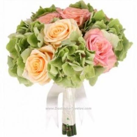 """Гортензии и розы """"Коростель"""""""