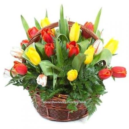 "Корзинка тюльпанов ""Цветник"""