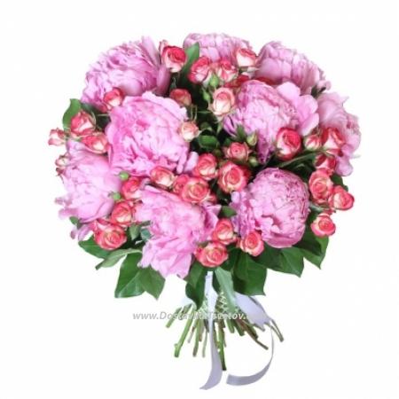 """Пионы с розами """"Царская Особа"""""""