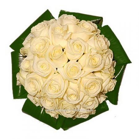 """Белые розы """"Снежинка"""""""