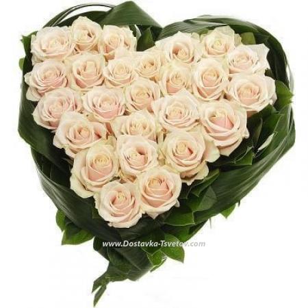 """Сердце из белых роз """"Бренди"""""""