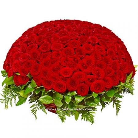 """Корзина роз """"Королева Любви"""""""