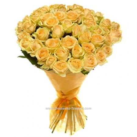 """Кремовые розы """"Золотое утро"""""""