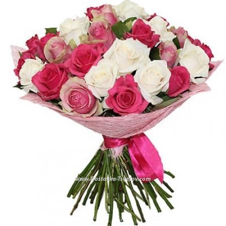 """Бело-розовые розы """"Счастье"""""""