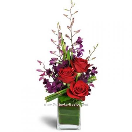 """Розы с орхидеями в вазе """"Наоми"""""""