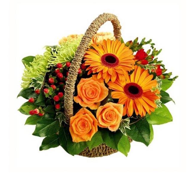Композиция из свежих  цветов