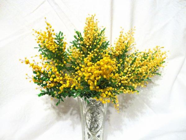 Самые популярные цветы на 8 марта фото купить цветы герберы в новосибирске