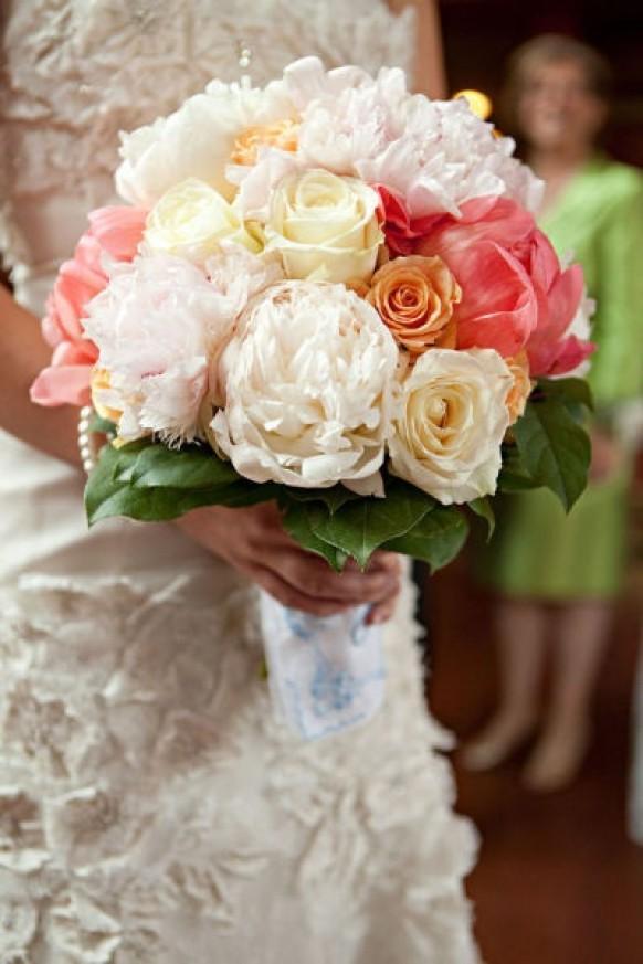 Цветов, букеты невесты под платье айвори