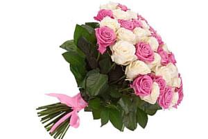 Купить 51 розу в москве